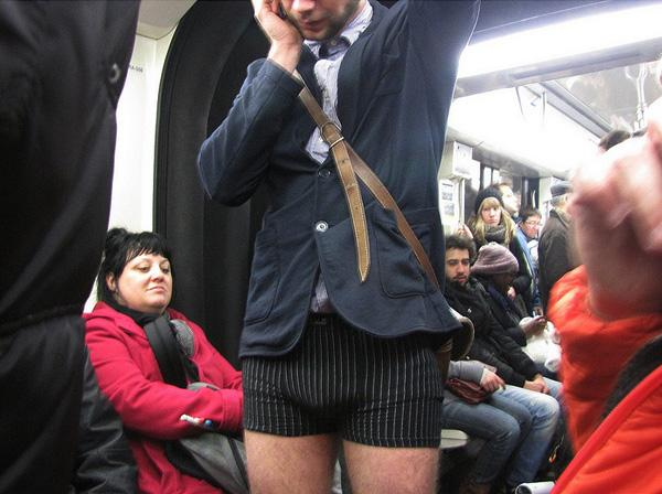 Les images de la No Pants Subway Ride Paris 2013