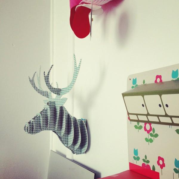 d co la folie des t tes de cerfs paperblog. Black Bedroom Furniture Sets. Home Design Ideas