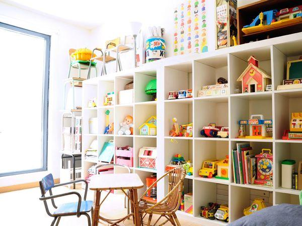 ranger les jouets paperblog. Black Bedroom Furniture Sets. Home Design Ideas