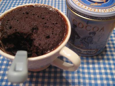 G teau au chocolat cuire dans une tasse paperblog - Gateau dans une tasse ...