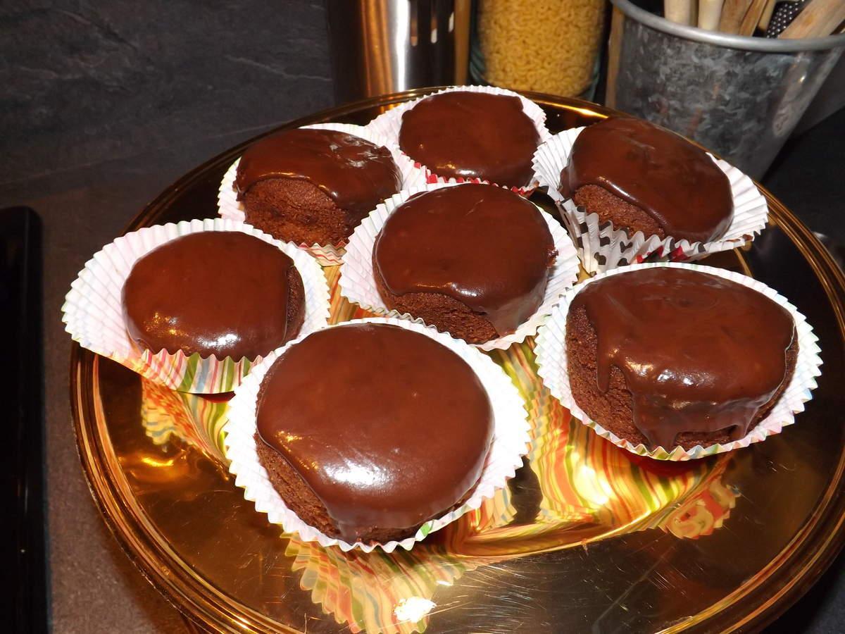 muffins glacage au chocolat paperblog. Black Bedroom Furniture Sets. Home Design Ideas