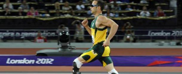Le sportif Oscar Pistorius tue sa petite amie par erreur !