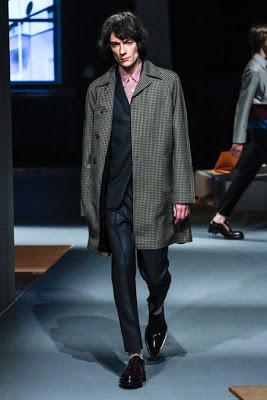 MODE : Faut-il être moche pour devenir top model ?