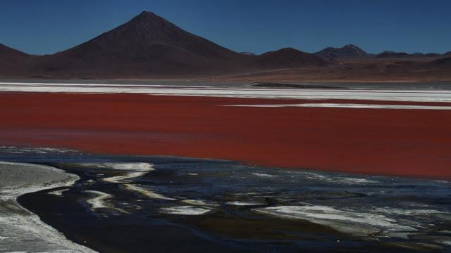 La laguna colorada
