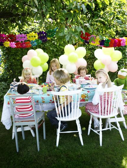 Inspiration d co un gouter d enfants au jardin voir for Casa jardin buffet