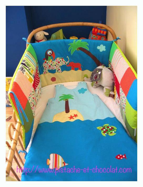 gigoteuses et tours de lit sous les tropiques paperblog. Black Bedroom Furniture Sets. Home Design Ideas