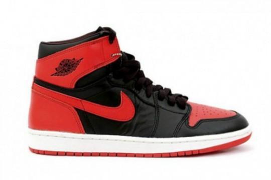 air-jordan-1-high-og-black-red-holiday-release