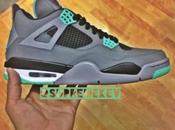 Jordan Retro Green Glow