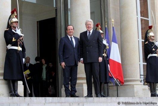 Hollande Grimsson elysee 7b886 Le silence radio sur la visite du Président de lIslande en France