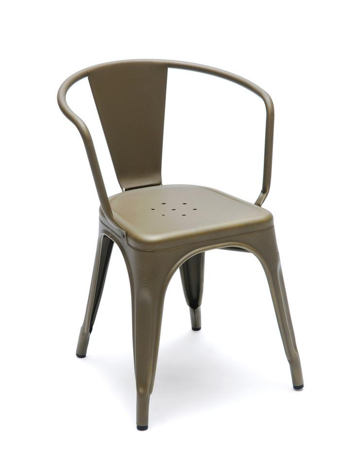 zoom sur la chaise tolix paperblog. Black Bedroom Furniture Sets. Home Design Ideas