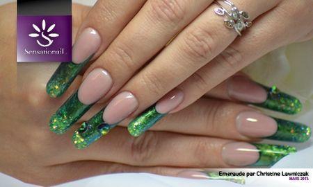 Pose d 39 ongles emeraude pour le salon for Salon pour les ongles