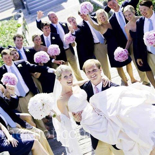 Décoration de mariage bleu marine et rose  À Voir