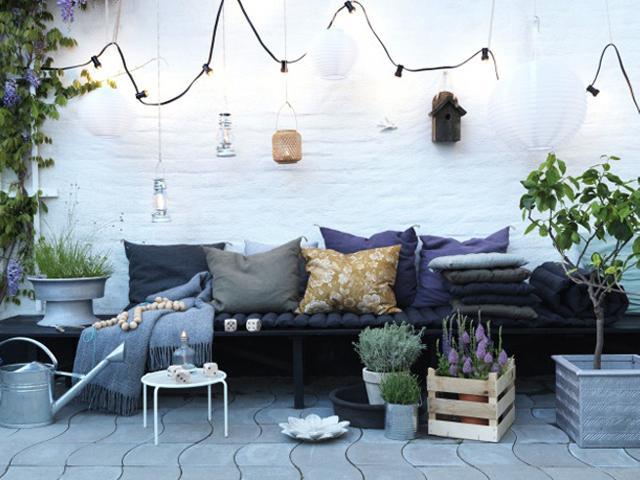 le balcon habill pour l 39 t voir. Black Bedroom Furniture Sets. Home Design Ideas