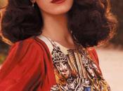 Born Paradise, Lana rêve escroquerie