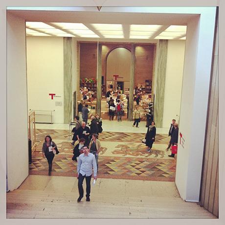 le salon du meuble de milan c t off 4 le mus e du design triennale en pleine bullition. Black Bedroom Furniture Sets. Home Design Ideas