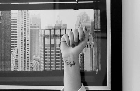 Life tatoue moi l 39 encre noire lire for Chiffre 7 porte bonheur