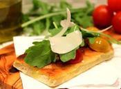 Tartine grillée l'huile d'olive, tomates, roquette parmesan