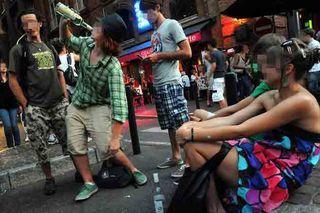 Alcool-jeunes-lyceens-ado-accro,-addiction-coma-éthylique
