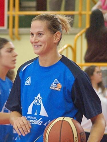 Anna-VAJDA--Salamanque-_hablemosdebasket.com.jpg