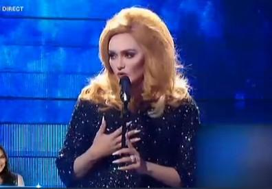 Valérie Begue en Adele