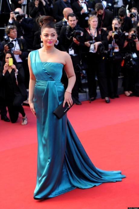Aishwarya Rai en robe turquoise Gucci,