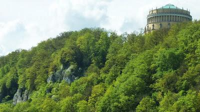 La Befreiungshalle à Kelheim commémore la victoire allemande sur Napoléon Ier.