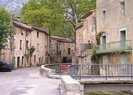village médiéval.jpg