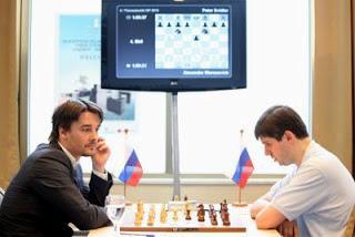 Ronde 2 : Alexander Morozevich (2760) 1-0 Peter Svidler (2769) - Photo © Anastasia Karlovich