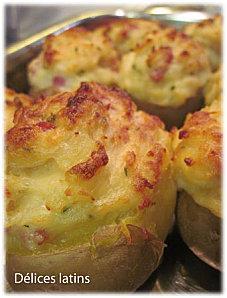 Pommes de terre farcies au parmesan et aux lardons