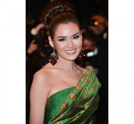 L'actrice thaïlandaise Rhatha Phongam