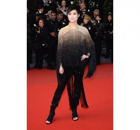 Li Yuchun en Givenchy haute couture automne-hiver 2013-2014