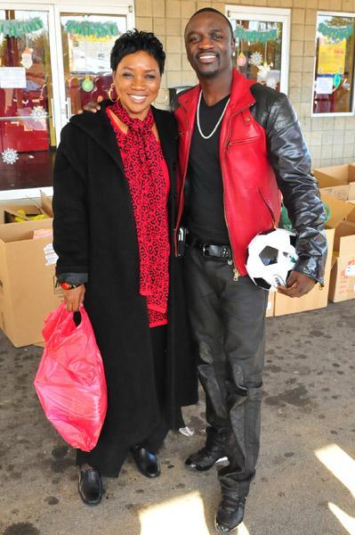 Spécial Fête des Mères : les stars en photos avec leur maman !