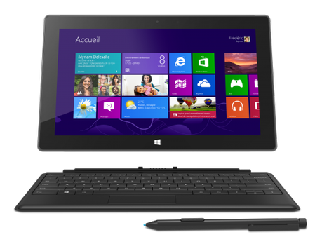 SUR Pro TypeStand Black Pen FrontDet 550x417 Lancement de la Surface Pro, le PC #tactile sous #Windows 8