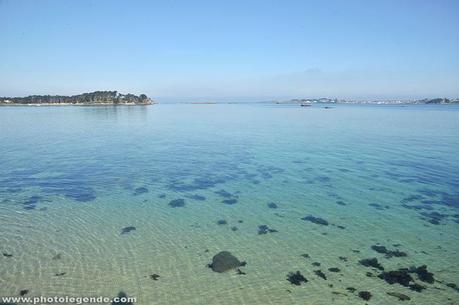 Ciel bleu et mer transparente