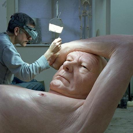 Le Making-of de l'exposition de Ron Mueck à la Fondation Cartier pour l'art contemporain