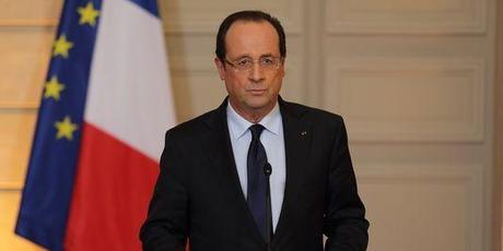 Hollande condamne le mot fascisme, pas l'idée