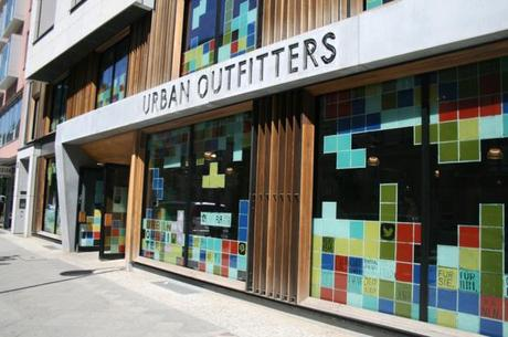 urban-outfitters-paris