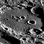 Pourrait-il y avoir la vie sur la Lune ?