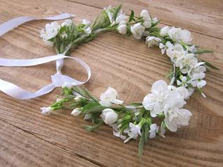 Des couronnes de fleurs fraiches d couvrir - Fleuriste couronne de fleurs ...