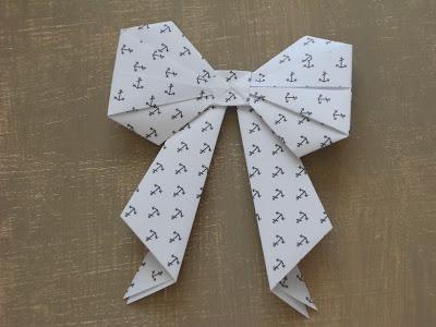 N ud en papier paperblog - Papier cadeau origami ...
