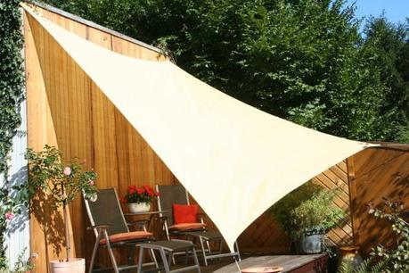 la voile d 39 ombrage votre nouveau parasol lire. Black Bedroom Furniture Sets. Home Design Ideas