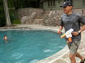 Pourquoi cette photo Barack Obama jouant avec fille fait polémique