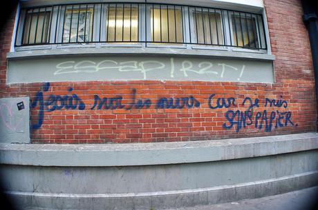 Les murs ont la parole. Jecris-sur-murs-suis-sans-papiers-L-r5ceQ1