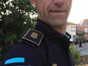 uniforme Police intègre l'adresse compte twitter
