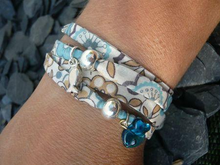 bracelet 4 tours en tissu et perles argent lire. Black Bedroom Furniture Sets. Home Design Ideas