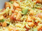 Salade pâte saumon, melon avocat tour cuisine)
