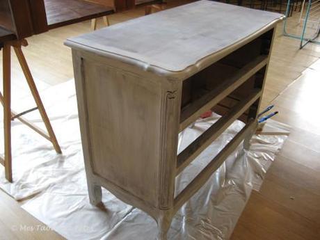 ma petite commode grise d couvrir. Black Bedroom Furniture Sets. Home Design Ideas