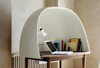 bureau rewrite de ligne roset lire. Black Bedroom Furniture Sets. Home Design Ideas