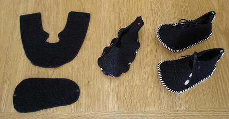 coudre des chaussons pour bebe. Black Bedroom Furniture Sets. Home Design Ideas