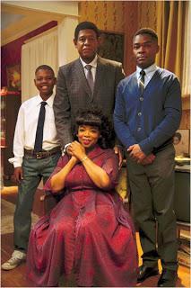 Cinéma: Black is black, le majordome de La Maison Blanche traverse l'Histoire
